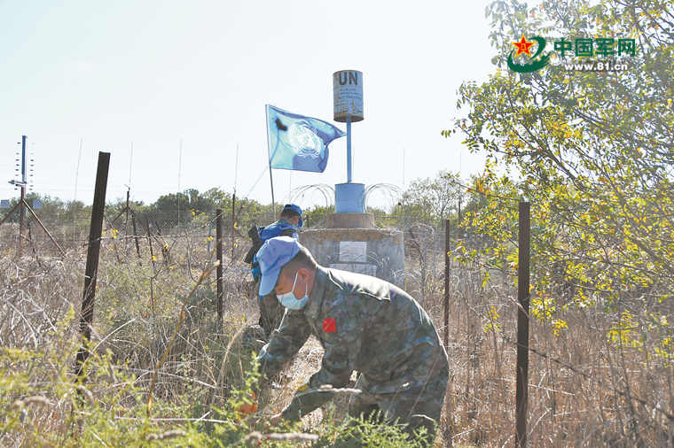 Chinese peacekeepers in Lebanon maintain Blue Line security channels